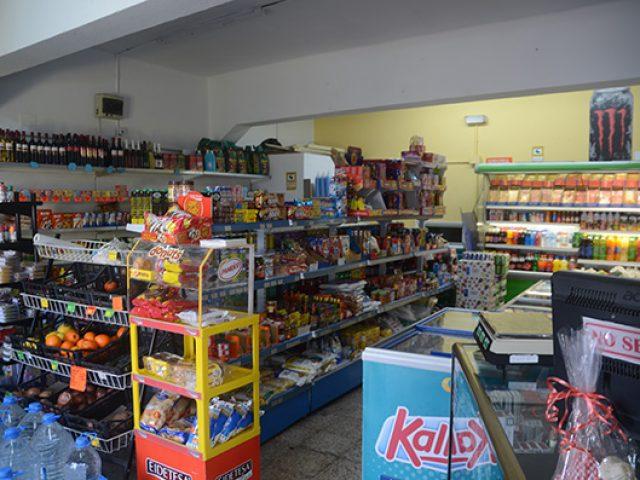 Minimarket amanecer